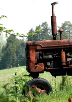 100165 Old Tractor
